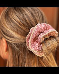 Lilje Scrunchie – Blomstermix 15 - Rosa - By Stær.